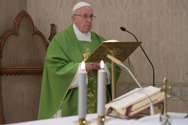 PapaFranciscoMisaSantaMarta VaticanMedia 26102018