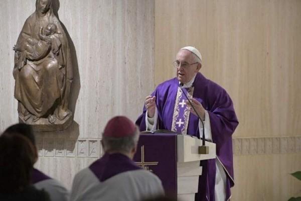 PapaSantaMarta VaticanMedia 06122018