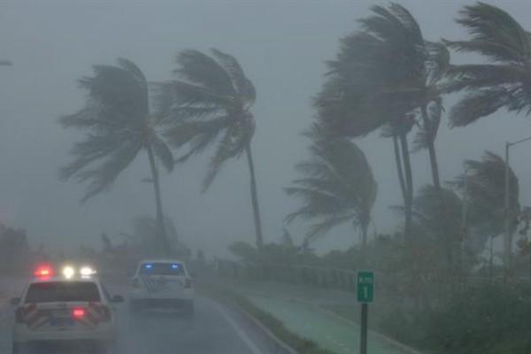 Resultado de imagen para El huracán Irma devastó Antigua y Barbuda