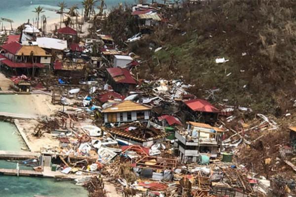 Resultado de imagen para El huracán María arrasó Dominica y se dirige a Islas Vírgenes y a Puerto Rico