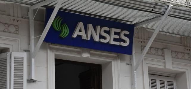Ratifican el calendario de pagos de IFE, jubilaciones y AUH de la Anses