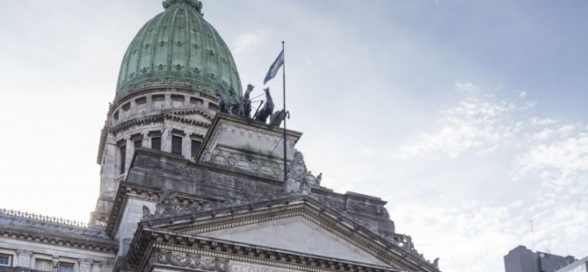 Revive el Congreso: Asamblea Legislativa proclama a Fernández y sesiones por Bolivia