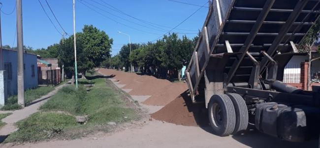 Estabilizado granular en distintos barrios de Las Toscas