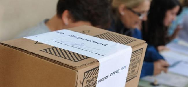 """El Gobierno oficializó la prohibición de las listas """"colectoras"""""""
