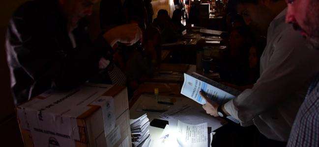 Histórico apagón en Argentina: el país entero sin luz