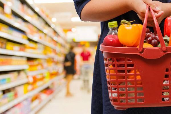 los seis productos que es mejor no comprar en un supermercado carne envasada pilas