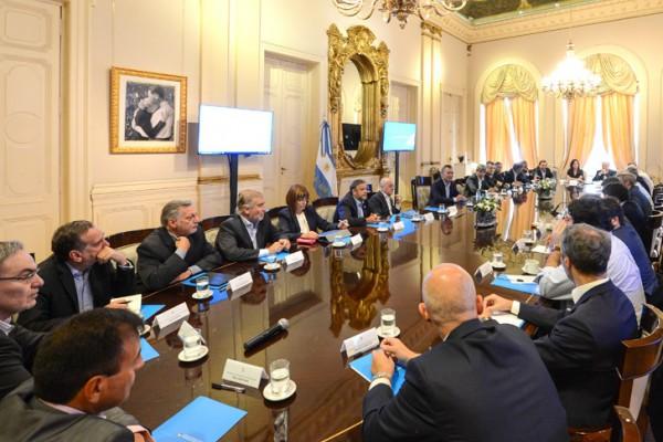 macri encabezo su primera reunion de gabinete del ano que sirvio a la vez como una charla motivacional para sus ministros