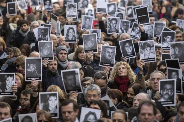 El acto se llevará a cabo frente al edificio de la calle Pasteur.