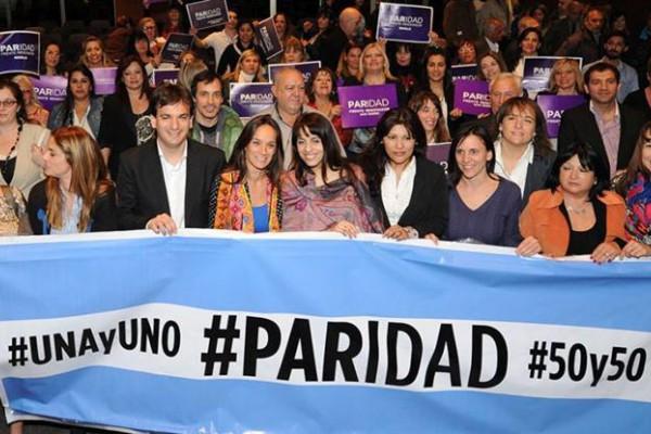 La norma se votó en noviembre con amplia mayoría, con apoyo de las mujeres de todos los bloques