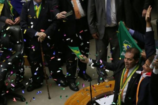 La cámara de diputados aprobó el juicio político a Dilma Rousseff