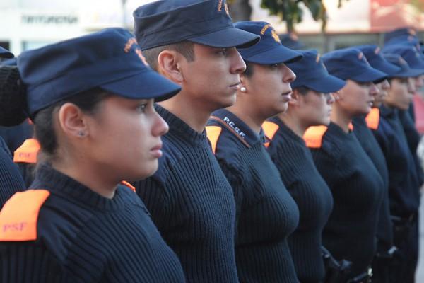 policia genero