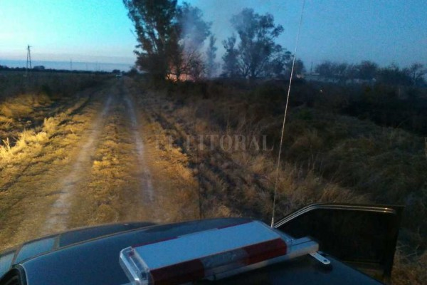 Las víctimas fatales fueron identificadas por la policía como Pablo Nicola, quien era dueño del campo, y su empleado Rubén Villarroell. Gentileza Bomberos Suardi