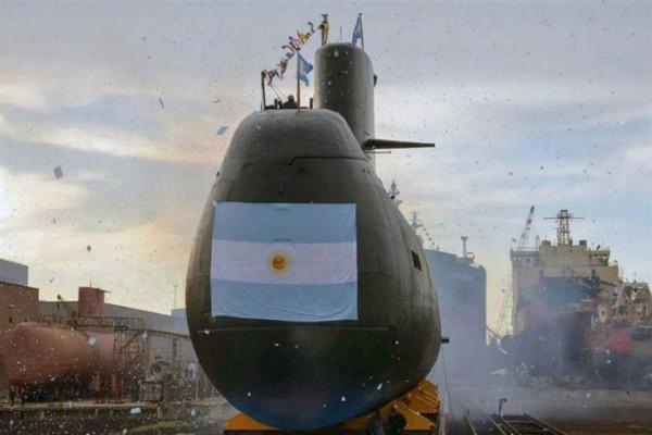 submarino 696x464