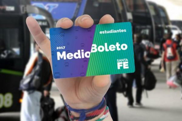 Resultado de imagen para LA PROVINCIA COMENZÓ CON LA ENTREGA DE 40 MIL CREDENCIALES DE MEDIO BOLETO